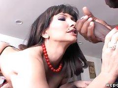 奶 性感色情影片